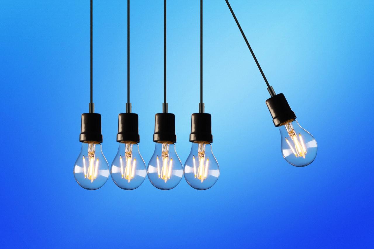 alternative-energie-beleuchtet-blau-1036936